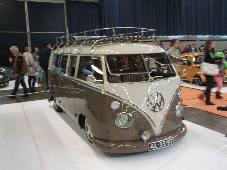 Volkswagen flower power bus (T1) - 3044 - Manon - TuneZup - Dé automotive performance marktplaats, auto onderdelen vergelijker & tuning community - TuneZup