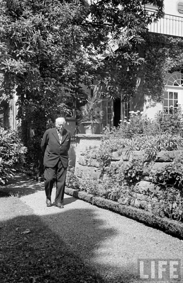 Carl Jung in Life Magazine SAD  how it seems Carl Jung got swept from our history. His insight amazing. Possibly Freud's understanding better fit the self serving agendas at the time.