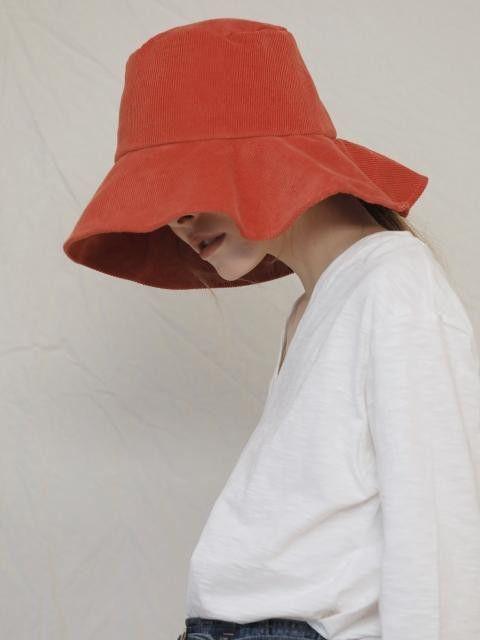 CORDUROY BUCKET HAT / Red