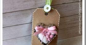 Dopo tanto tempo una realizzazione a tema bomboniere con una rivisitazione della tag con tagliabiscotti tutta al femminile.     Colori: rosa...