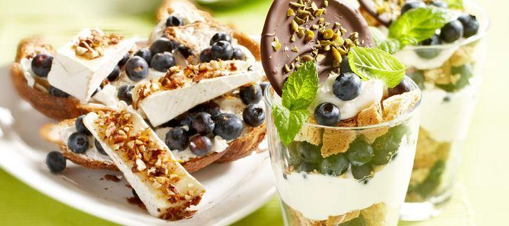 Lunchtip: verse croissant met gebakken brie en blauwe bessen #lunch #blauwebes #zomerfruit #brie #croissant #genieten