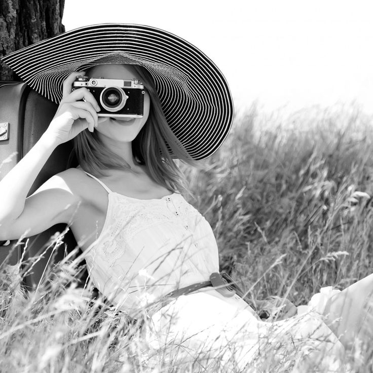 Mood girl with Camera in the Field