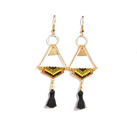 magasiner pour les plus récents qualité fiable bon ajustement Boucles d'oreille triangle tissé perle miyuki dans les tons ...