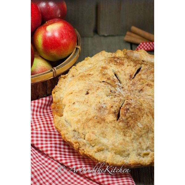 Grandma's Old Fashioned Apple Pie | Art and the Kitchen ❤ liked on Polyvore featuring home, kitchen & dining and bakeware