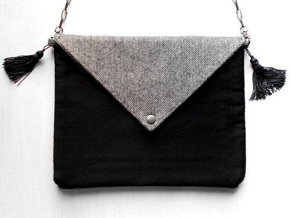 Fashionista Casual Style Envelope Bag / Fabric Handbag  / Paperback Clutch by BlumArt