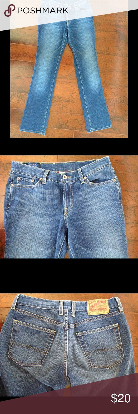 "Women's Lucky Brand Classic Rider Jean Lucky Brand Classic Rider Jean, worn maybe 3 times. Inseam 33 1/2, 98% cotton, 2% spandex. Measures 15"" flat. Lucky Brand Jeans Boot Cut"