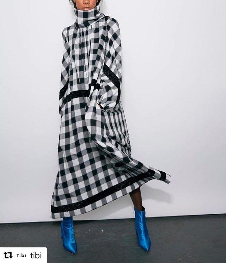 いいね!31件、コメント2件 ― Lanificio Cangioliさん(@lanificiocangioli)のInstagramアカウント: 「#repost @tibi with @repostappoffical #tibi #cangioli #lanificiocangioli #1859 #fabric #shirt…」