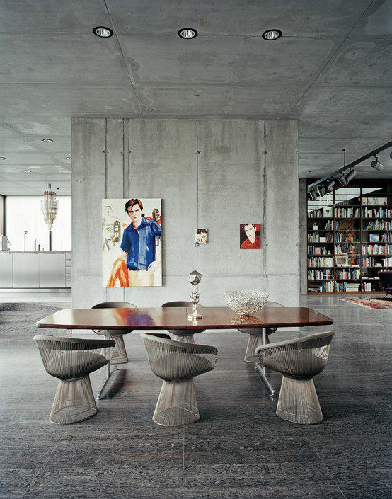 dining room: Dining Rooms, Interiors Wall, Berlin, Dining Chairs, Interiors Design, Platner Chairs, Contemporary Art, Side Chairs, Air Raid