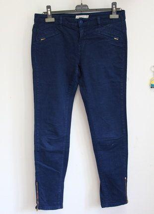 À vendre sur #vintedfrance ! http://www.vinted.fr/mode-femmes/pantalons-carotte/29585571-chino-bleu-fonce-sud-express