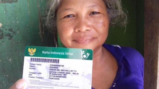Presiden Jokowi Minta Rakyat Tak Ragu Gunakan KIS ke Pukesmas http://indonesiatoday.id/wp-content/uploads/2017/03/image-1-50.jpg MALANGTODAY.NET – Presiden Joko Widodo mengimbau masyarakat untuk tidak perlu lagi meragukan penggunaan Kartu Indonesia Sehat ketika berobat ke Puskesmas maupun Rumah Sakit. Ditemui ANTARA di Kabupaten Mempawah, Kalimantan Barat, Sabtu (18/3), Presiden Joko Widodo mengemukakan bahwasanya KIS memang dititipkan untuk rakyat dan tidak ada alasan untu