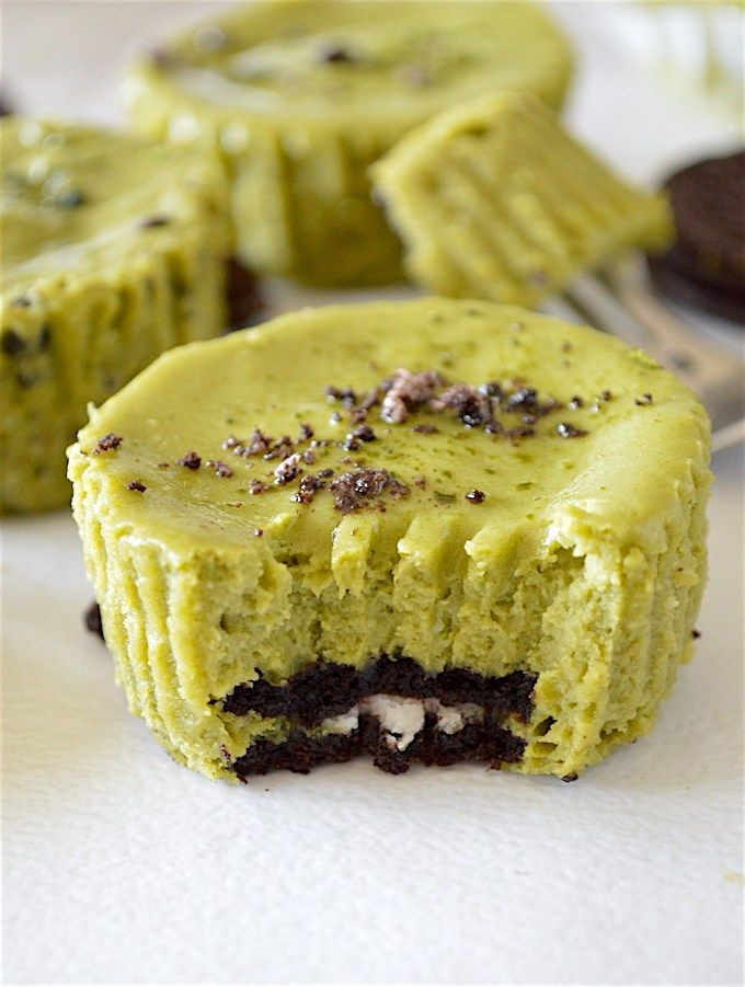 Mini Matcha Green Tea Oreo Cheesecakes - creamy and sweet, mini matcha green tea cheesecakes with an Oreo cookie crust and packed with crushed Oreos inside!