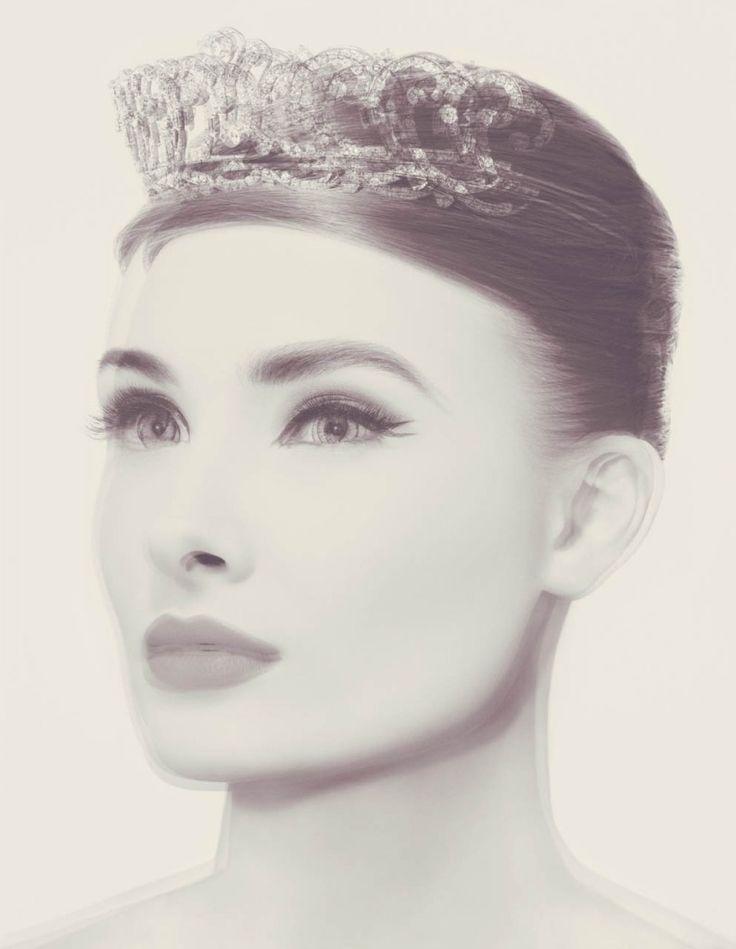Valerie Belin - Crowned Head #5, 2009