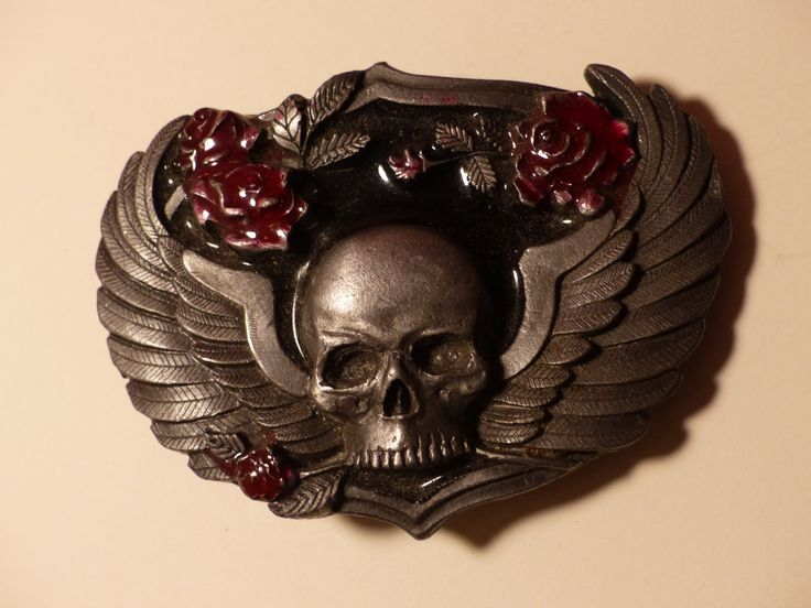 SKULL BELT BUCKLE - Goth - Skull with Roses Belt Buckle by GOLLYWOODBOULEVARD on Etsy