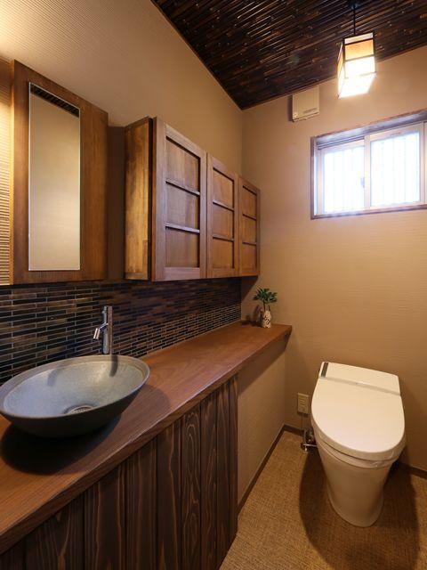 手作り家具_岐阜の注文住宅なら大政建築。一個和風的廁所。