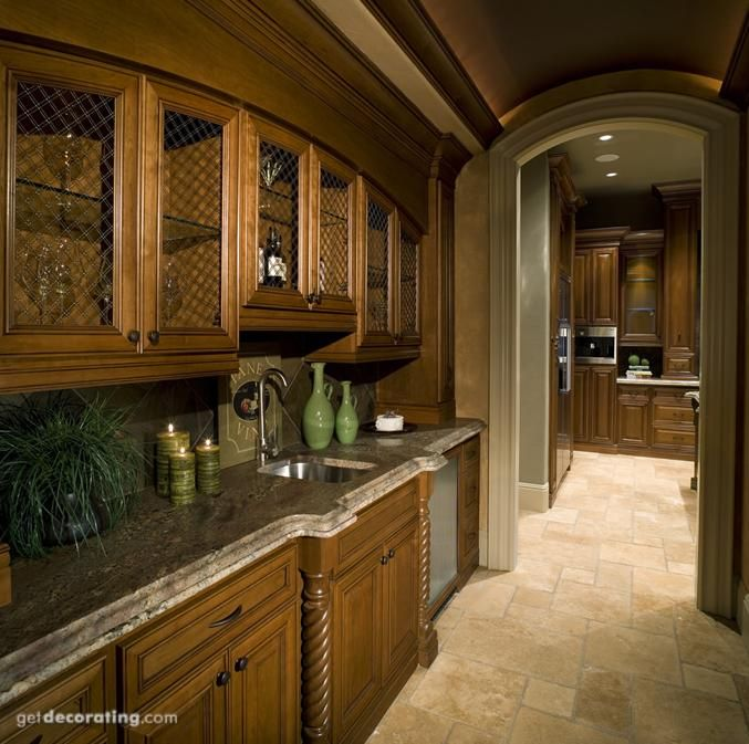 Kitchen Layout With Pantry: Best 25+ Butler Pantry Ideas On Pinterest