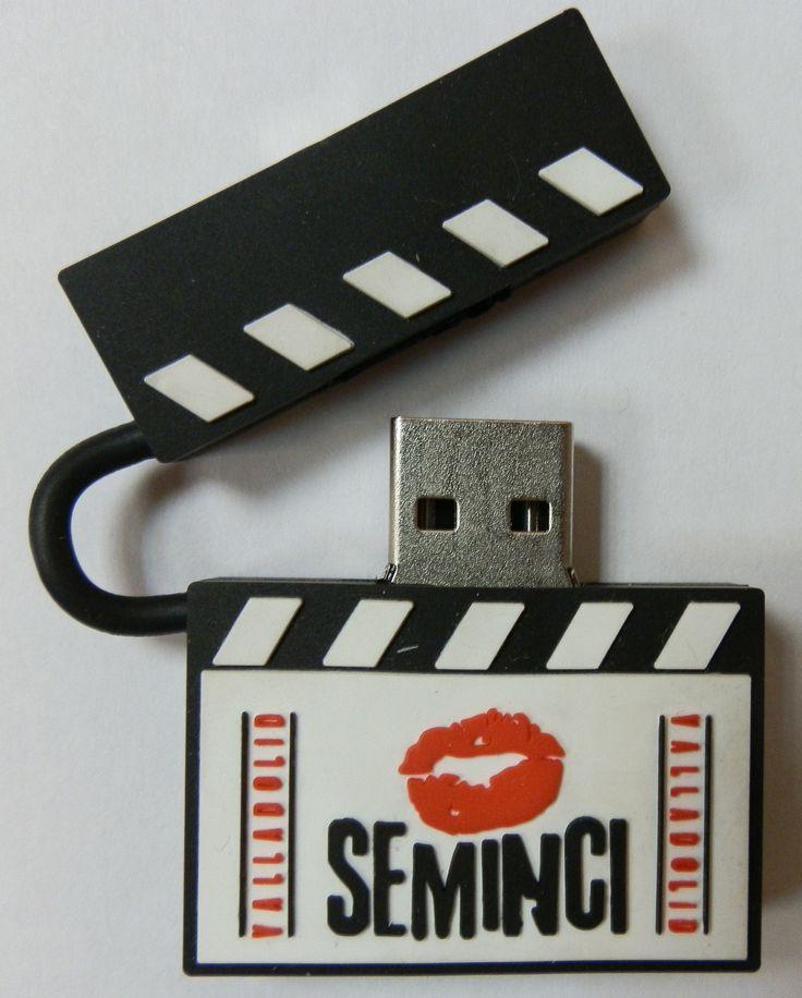 MEMORIA USB FORMA CLAQUETA