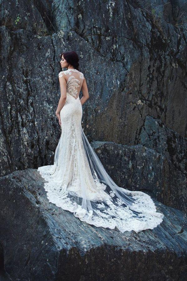 Aurora por Miosa Couture, colección de primavera 2014. | 30 Vestidos de novia que te darán ganas de casarte inmediatamente