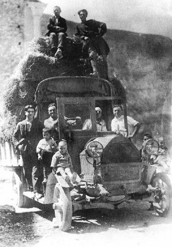 Autobus anni '30   Pettorano sul Gizio Abruzzo   #TuscanyAgriturismoGiratola