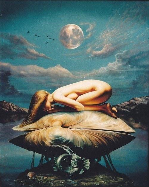 ARTIST ? Aphrodite, Déesse de l'amour et de la beauté, née de l'écume de la mer et arrivée sur le rivage sur une conque.