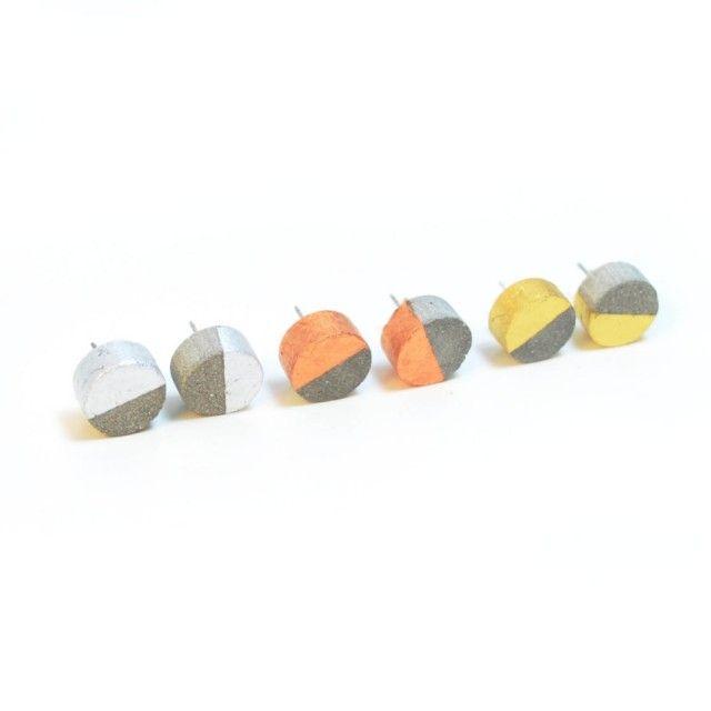 Concrete Circle Gold Earrings - Qrator