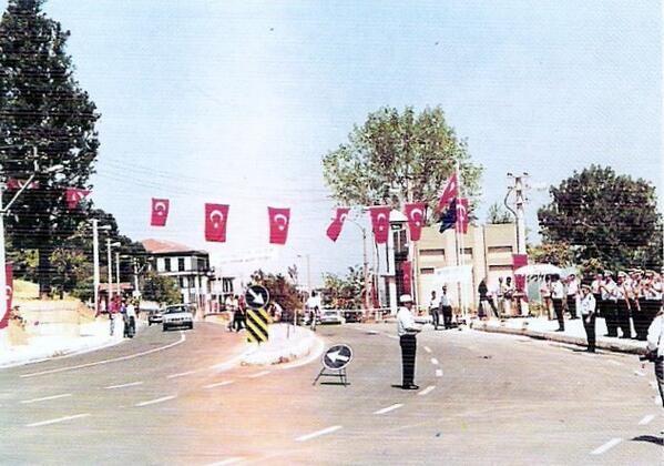 KÜKÜRTLÜ CADDESİ'NİN TÖRENLE AÇILIŞI / 1996