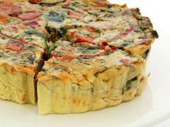 15 recettes de quiches sans pâte Vous avez des restes dans votre frigo mais pas de pâte pour faire une quiche? Voici 15 recettes de quiches qui n'en demandent pas.