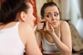El acné, como prevenirlo http://elcorset.com/como-prevenir-el-acne/