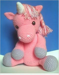 A free piece of crochet that can let your children happy … A beautiful unicorn…