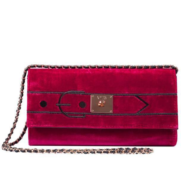 V73 Velvet Clutch Rojo http://www.v73.us/luxury-velvet/135-velvet-clutch-dk-rojo #v73 #velvet #clutch #rojo #red #fashion
