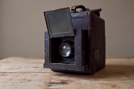 Folmer & Schwing Co. Folding Box Camera!