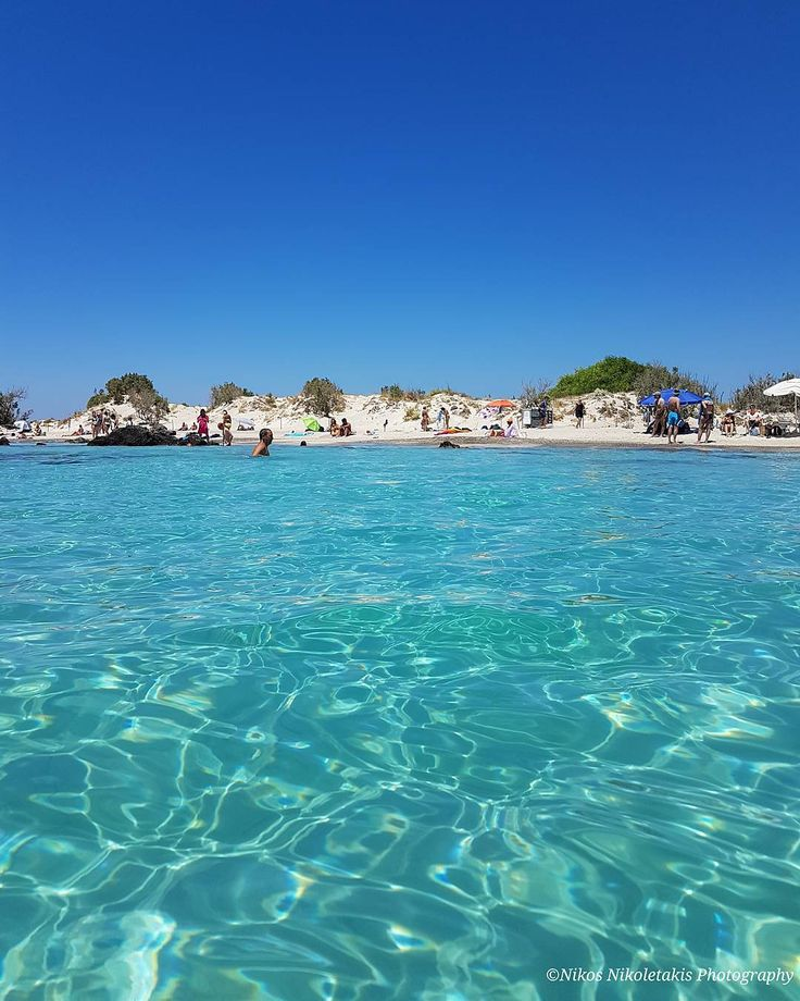 """Elafonisi island's view from the sea. Voted as one of the 10 most beautiful beaches in the world for 2017  according to """"Trip Advisor"""". Para- para -paradise! Happy Friday!"""