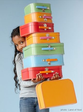 52 best paper suitcase images on Pinterest | Vintage suitcases ...