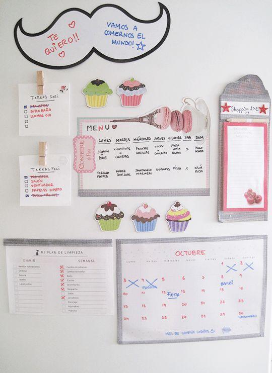 Hoy te muestro cómo he creado mi centro de organización o command center en el frigorífico para mantener en orden todas las tareas de la familia.