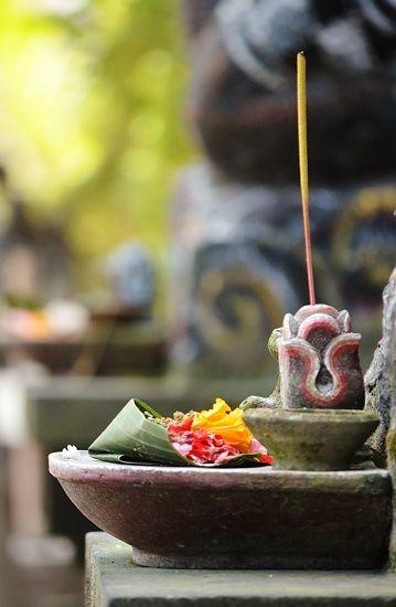 Offerings in #Bali - #beauty #balineseculture