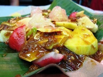 Rujak Medan (Indonesian spiced fruit salad).