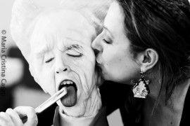 Barbara Perego e la sua torta Dracula