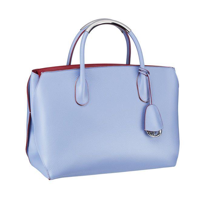 http://www.cosmopolitan.it/var/cosmopolitan/storage/images/media/immagini/moda/borse-pastello/dior-women_acc_summer_14_sac_image14/930789-1-...