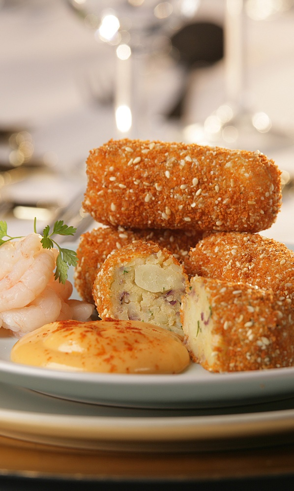 Prawn Croquettes - These are a fantastic for a snack or starter for dinner. The croquettes can also be made in batches and frozen for a later date! - www.fishisthedish.co.uk/recipes/prawn-croquettes