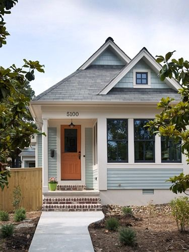 Bret Franks Home Construction + Exterior.....so cute!!! i would love a little house like this!!