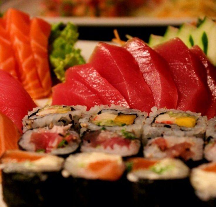 ♥♥♥  YUMI SUSHI Somos um empresa especializada em culinária Japonesa para eventos, que agrega sabor, sofisticação e charme. Algo diferente no seu evento, uma atra�... http://www.casareumbarato.com.br/guia/yumi-sushi/