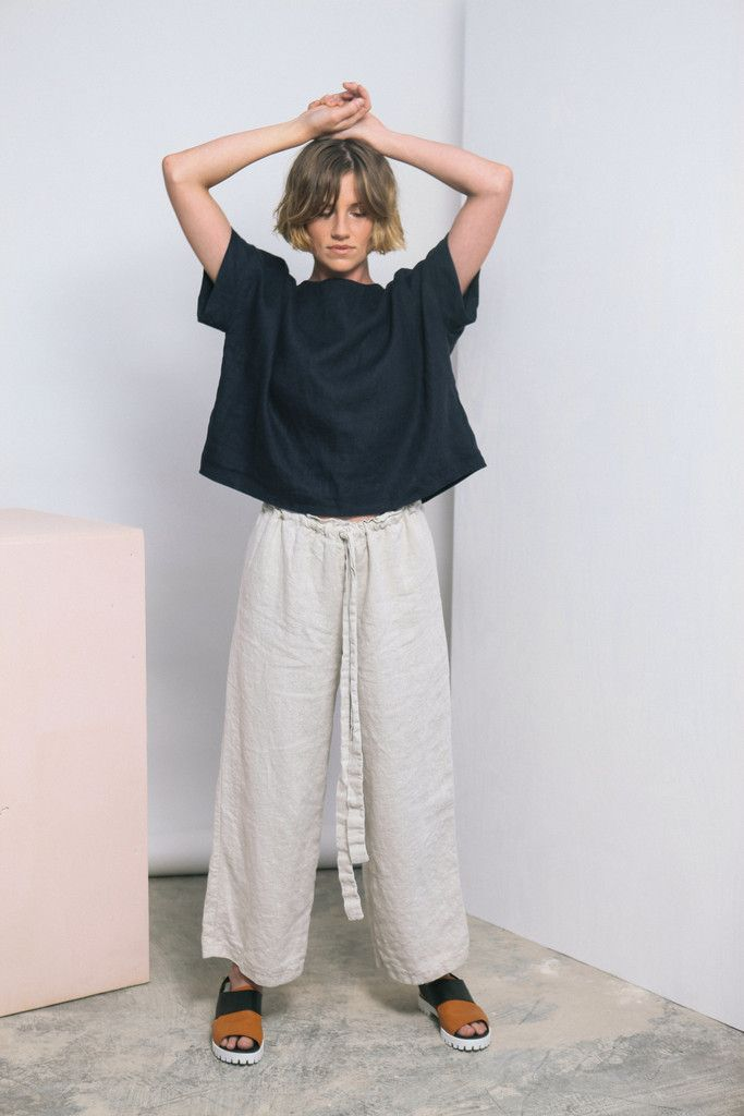 Elizabeth Suzann's linen short sleeve Georgia Tee