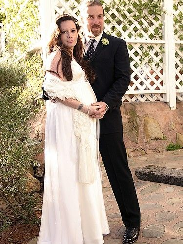 holly marie combs wedding day