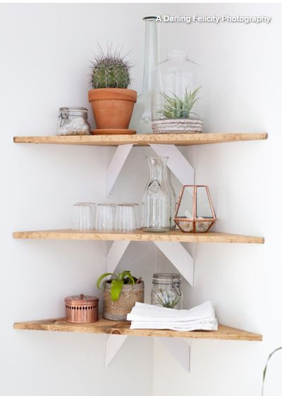 love the unusual shelf supports. From Houzz