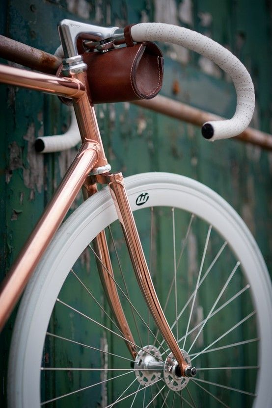 My Minimalist Wheels #minimal #minimalistgigi | Minimalist GiGi // GiGi