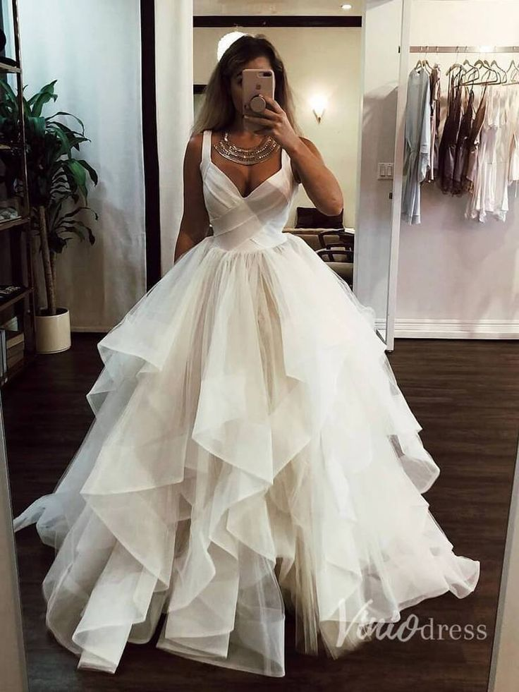 Broad Strap V Neck Ball Gown Wedding Dresses with Ruffle Skirt VW1121