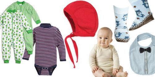 MYCKET KLÄDER: Ett litet barn behöver ett stort klädskåp. Få våra tips på vad du behöver till din baby! Illustrationscollage: Kjersti Skar S...