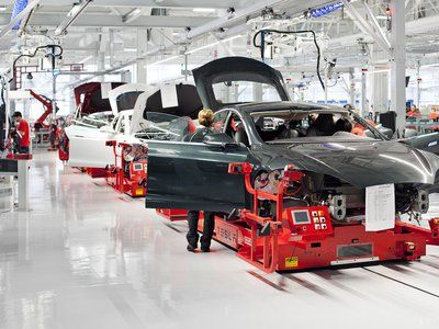 Tesla made 8,763 EVs in the second quarter, on track for 100,000 EVs/year run-rate by end of year