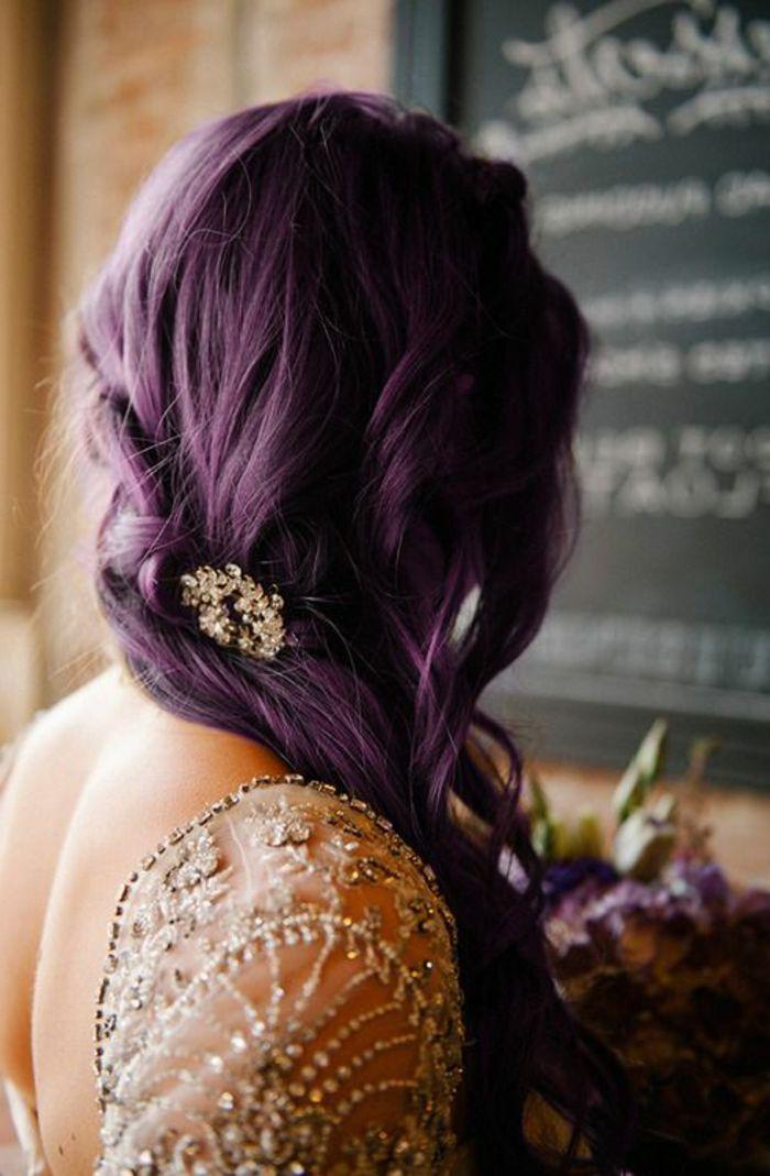 les 25 meilleures id es de la cat gorie cheveux violet fonc sur pinterest cheveux violets. Black Bedroom Furniture Sets. Home Design Ideas