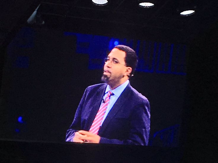 #analyze RT joe_caserta: US Secretary of Education John B. King Jr. takes the stage at #ibmwow http://pic.twitter.com/uQAn1iz2YG   Databases.W (@Databases4unow) October 26 2016