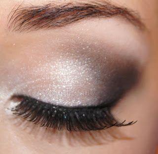 nice simple smoky eye